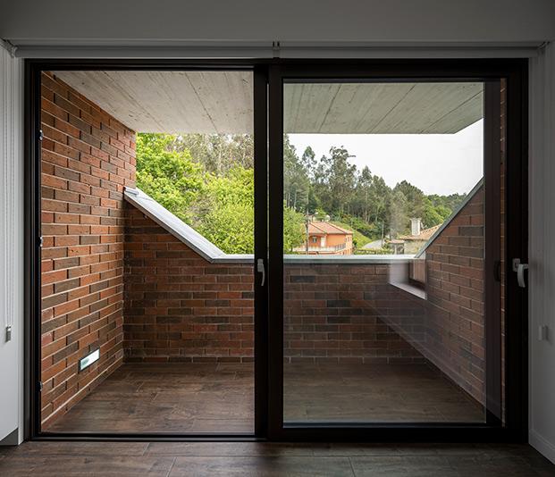 Casa Box Tiago Sousa ventanal diariodesign