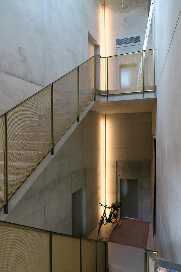 artist house berlín casa artistas escalera segunda planta diariodesign