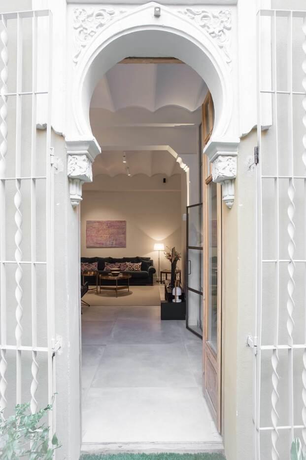 5 edificios míticos de Barcelona que ofrecen experiencias únicas. Edificio Alhambra de Barcelona. the Inspiration House
