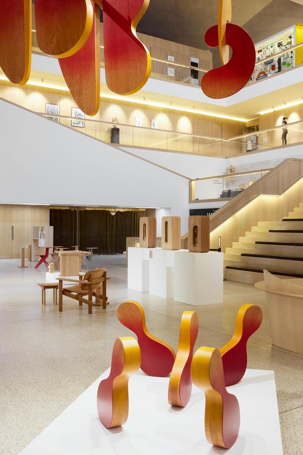 Discovered. Exposición Design Museum de Londres, jóvenes diseñadores emergentes. AHEC y Wallpaper*
