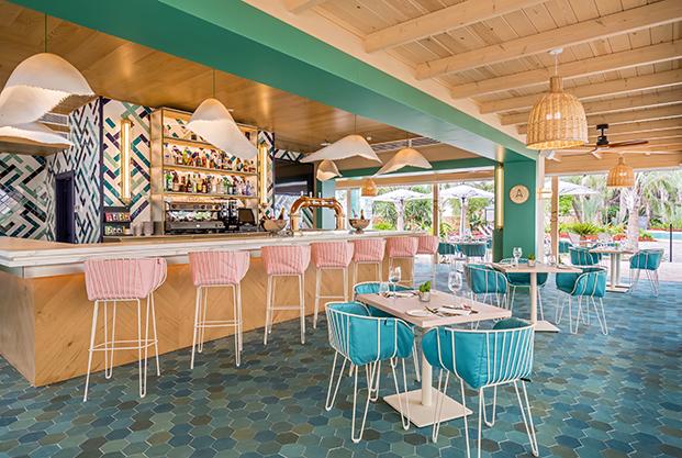 Ilmiodesign se inspira en el estilo mediterráneo para diseñar el interiorismo del Hotel Barceló La Nucía Palms de Alicante.