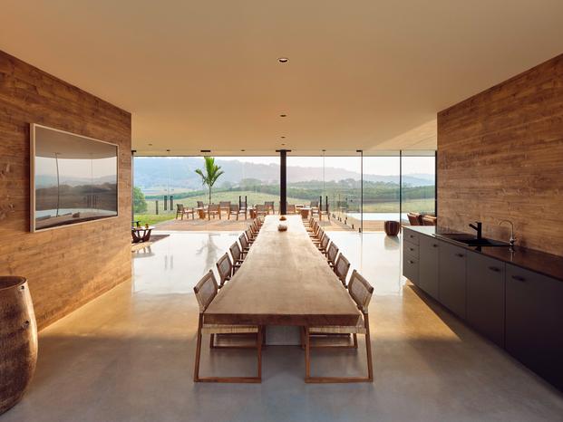 Soma. Tranquillum House. casa Nine Perfect Strangers para alquilar en Airbnb