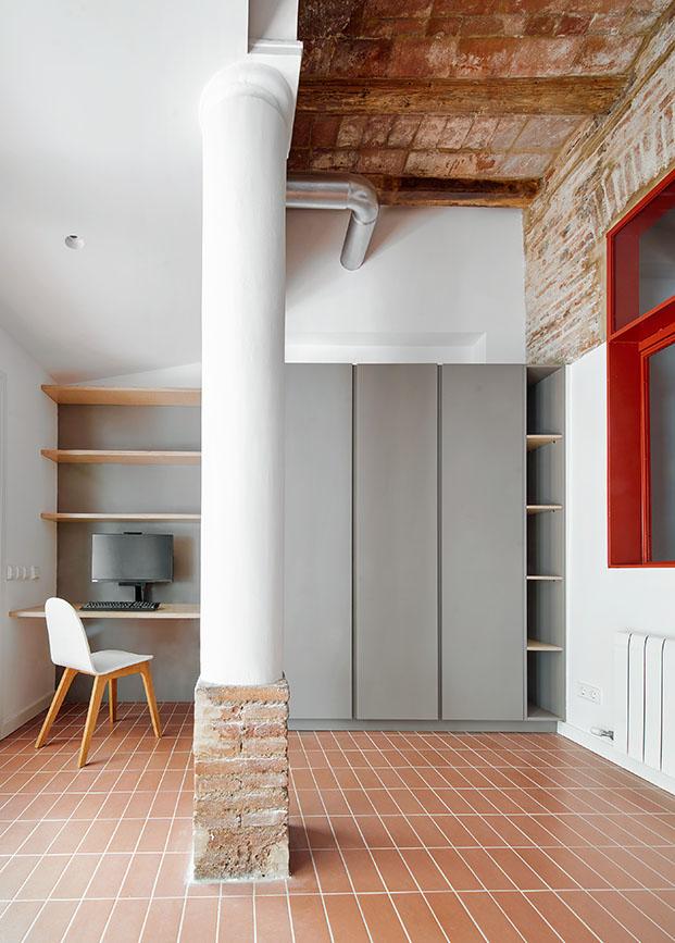 habitacion de la reforma en una vivienda en poble sec diariodesign